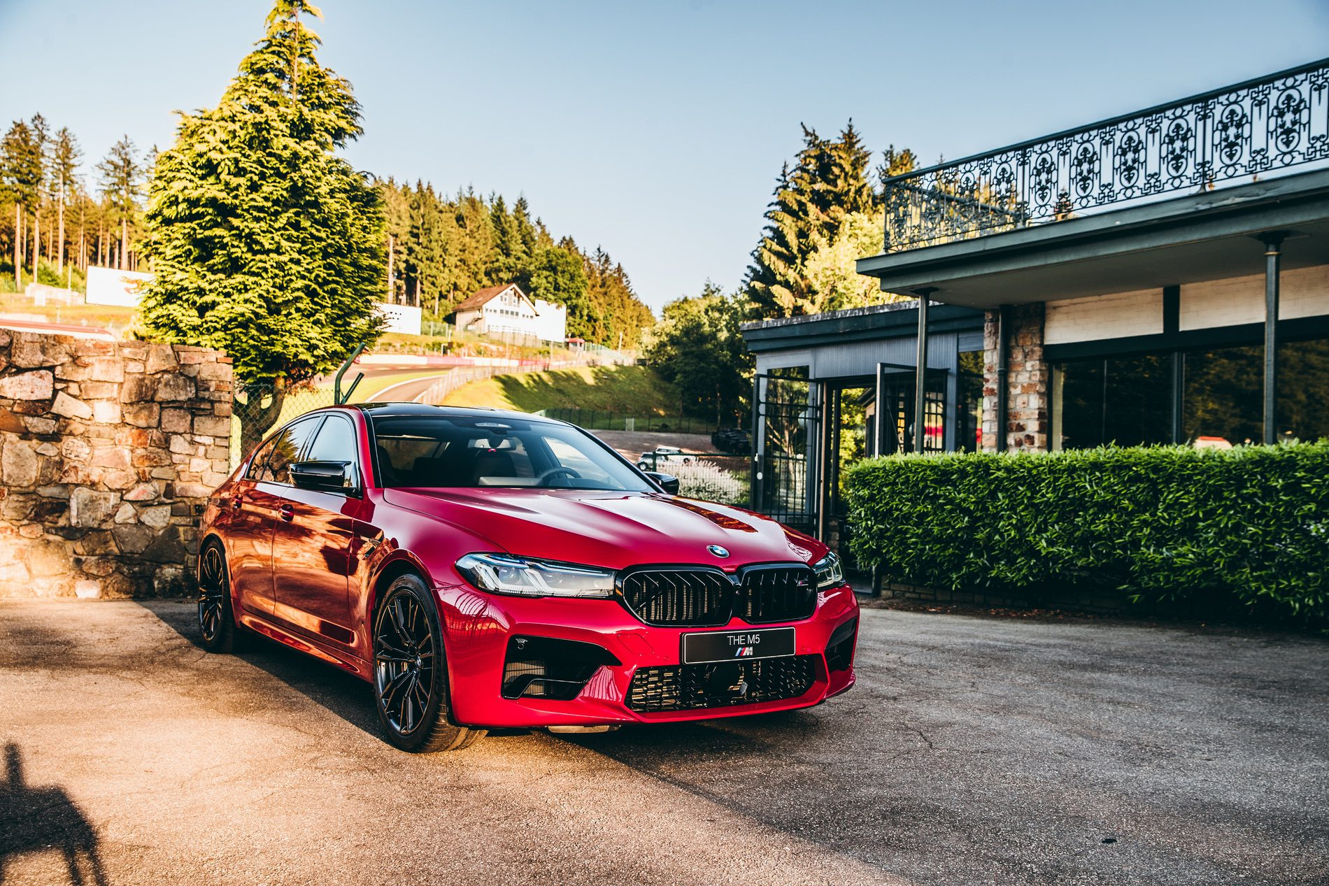 2021 BMW M5 Facelift in Imola Red | VRCarLink