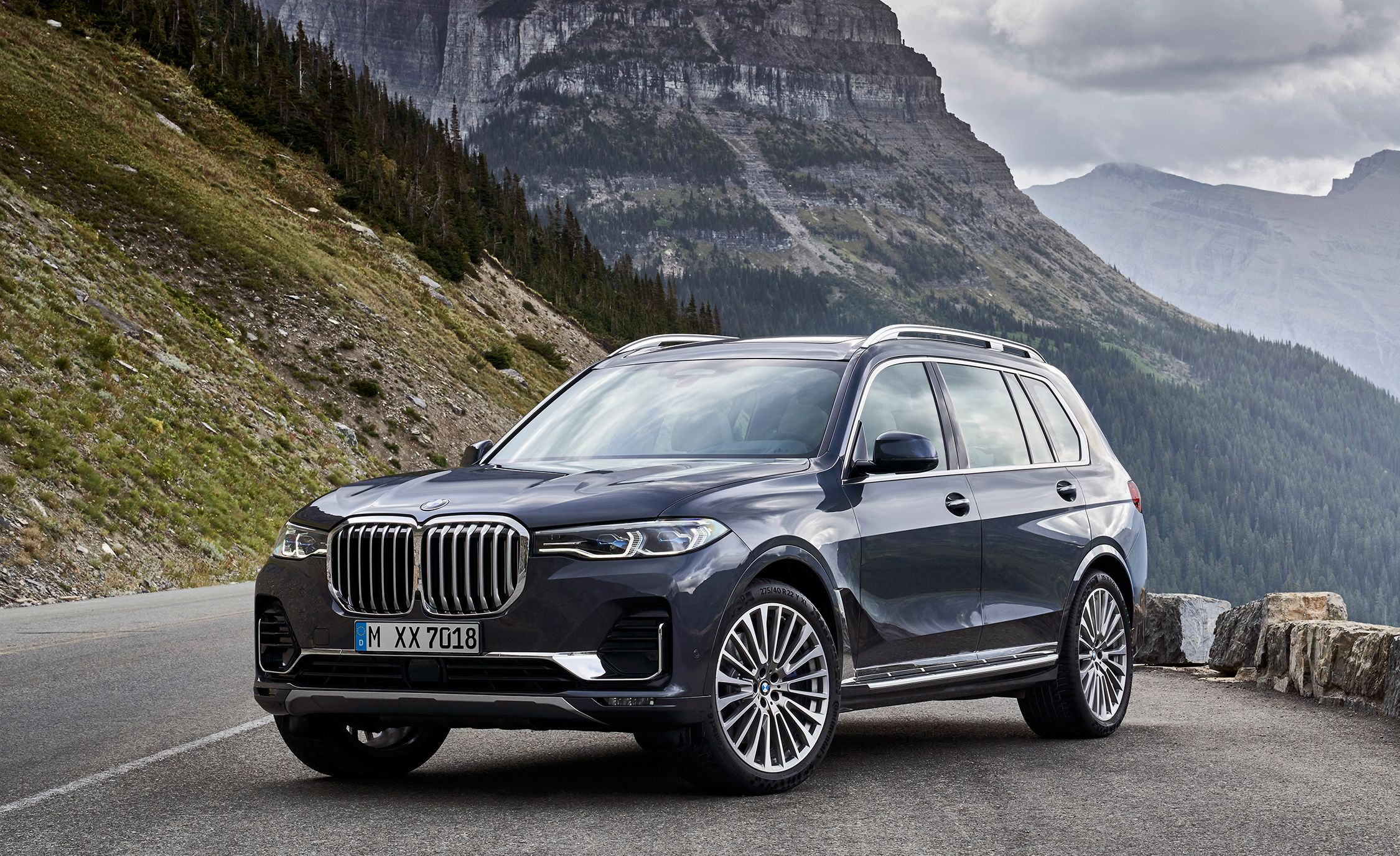 2019 BMW X7 Review, Pricing, and Specs