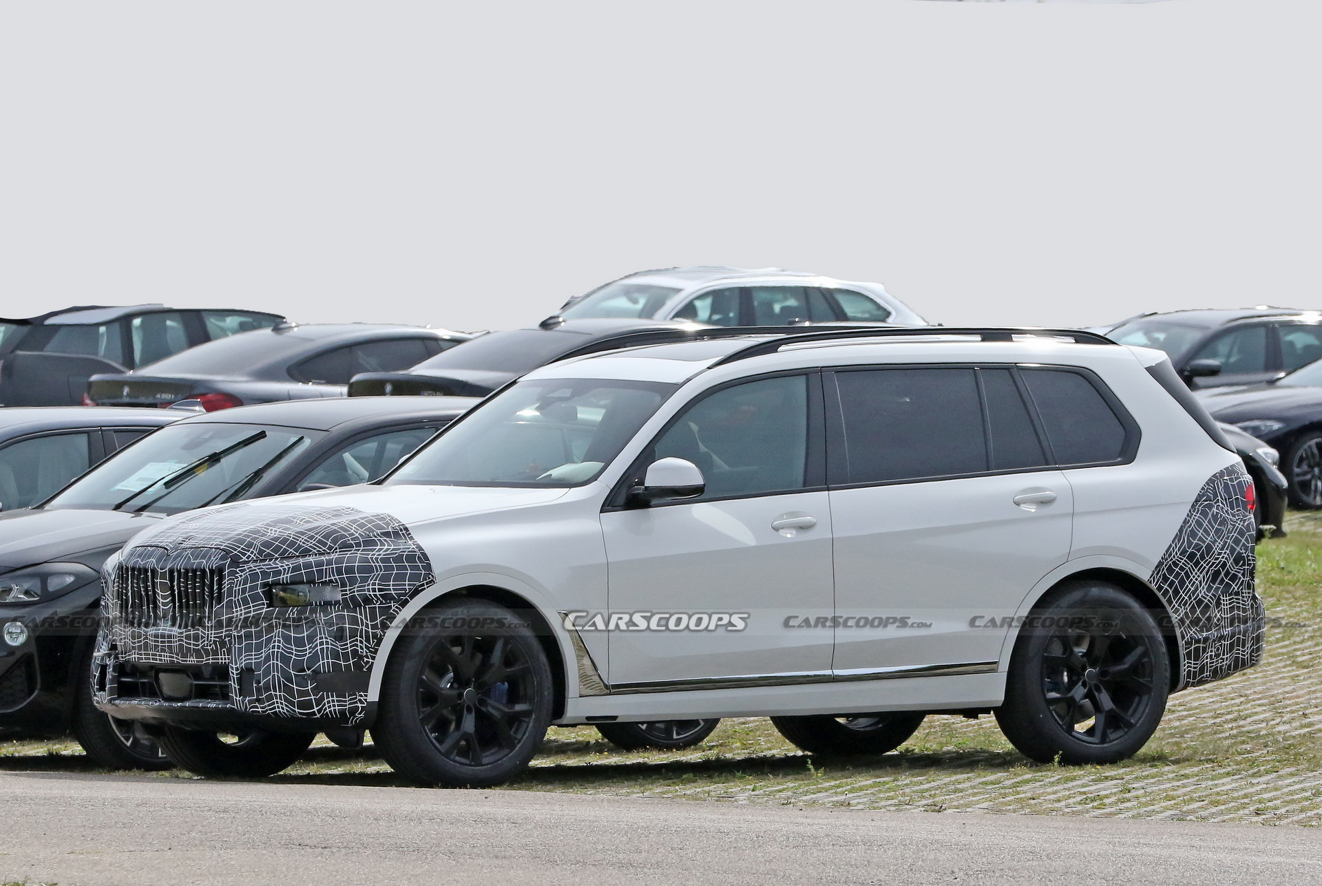BMW Appears To Have Started Work On The Facelifted X7 ...