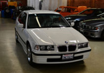 1998 E36 BMW 318ti Base Hatchback Compact 2 Door 1 9L