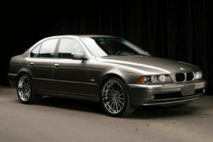 BMW 525i 2001 Owners Manual User Manual