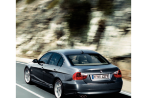 BMW 325I SEDAN 2006 E90 Owner's Manual (245 Pages)