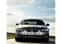 BMW 328I COUPE 2009 E92 Owner's Manual (260 Pages)