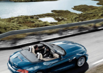 BMW Z4 2011 E89 Owner's Manual (247 Pages)